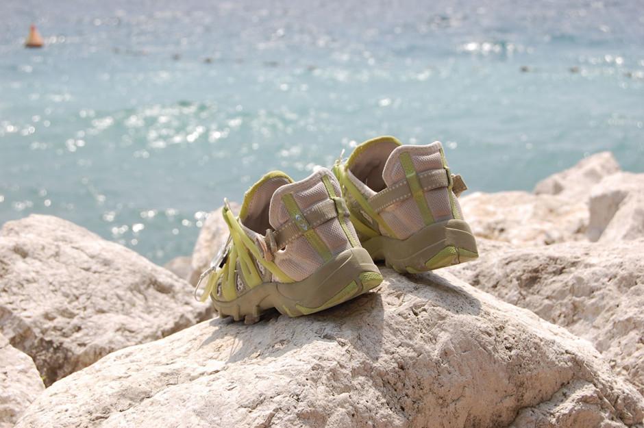 Turnschuhe am Gardasee