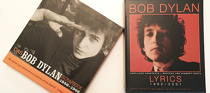 Foto Bücher über Bob Dylan (Scrapbook and Lyriks)